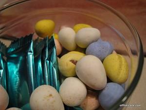 3 lil eggs