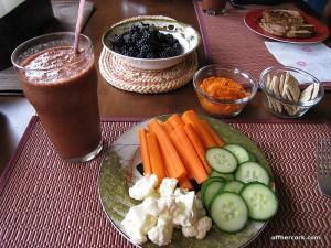 Smoothie, veggies, hummus, and blackberries