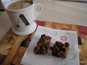 Coffee and oat bars
