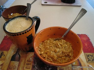 Pumpkin latte and pumpkin oats