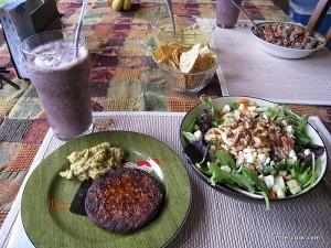 Smoothie, salad, blackbean burger
