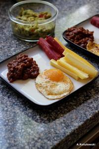 Egg, carrots, beans, guacamole